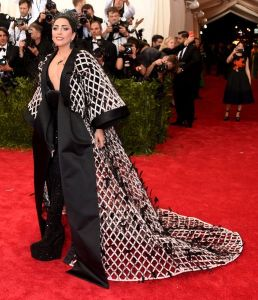 lady-gaga-met-ball_2015_5.0