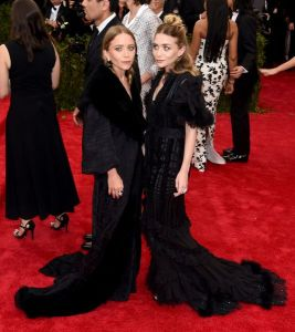 mary-kate-ashley-met-gala_2015_5.0